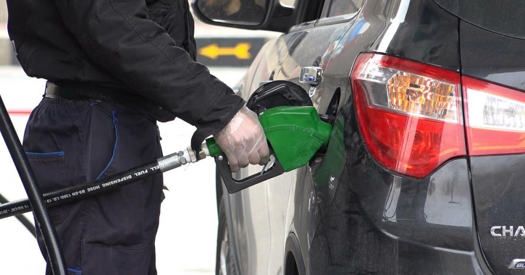 نکات در هنگام بنزین زدن